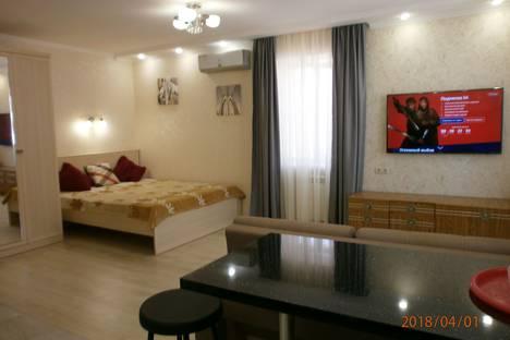 Сдается 1-комнатная квартира посуточно, ГЕЛЕНДЖИК ул ОСТРОВСКОГО 19.