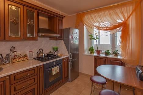 Сдается 2-комнатная квартира посуточно в Ярославле, проспект Толбухина, 21.