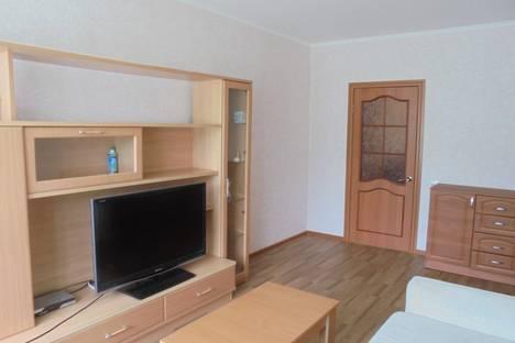 Сдается 2-комнатная квартира посуточно в Новом Уренгое, Железнодорожная улица, 46.