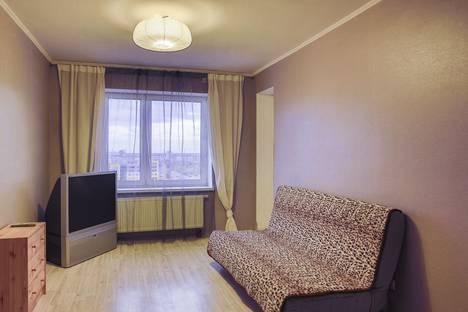 Сдается 1-комнатная квартира посуточнов Новом Уренгое, Ямальская улица, 4/1.