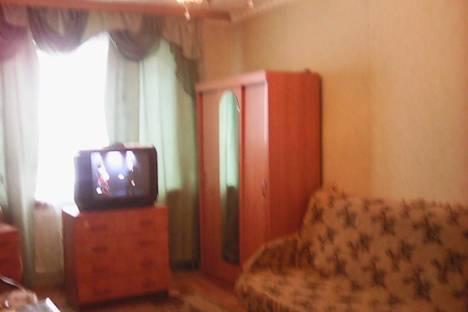 Сдается 1-комнатная квартира посуточнов Щёкине, Революции 10.