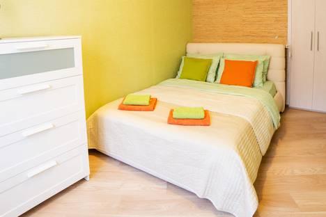 Сдается 2-комнатная квартира посуточно в Омске, Тимуровский проезд, 4.