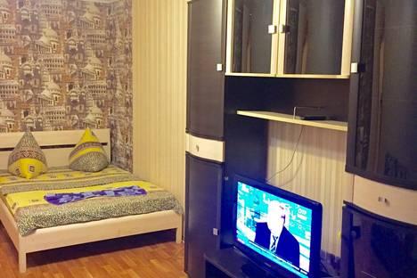 Сдается 1-комнатная квартира посуточно в Туле, Кирова 25.