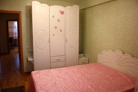 Сдается 2-комнатная квартира посуточно в Бийске, улица Трофимова, 35.