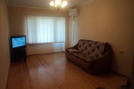 Сдается 2-комнатная квартира посуточно в Гудауте, Чамагуа 28.