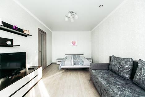Сдается 1-комнатная квартира посуточнов Волжском Утёсе, бульвар Космонавтов, 15.