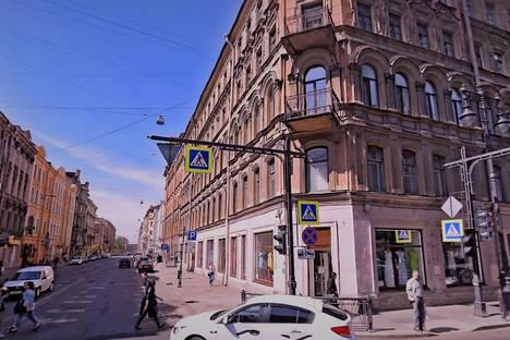 Сдается 1-комнатная квартира посуточнов Пушкине, улица Некрасова 38/26.