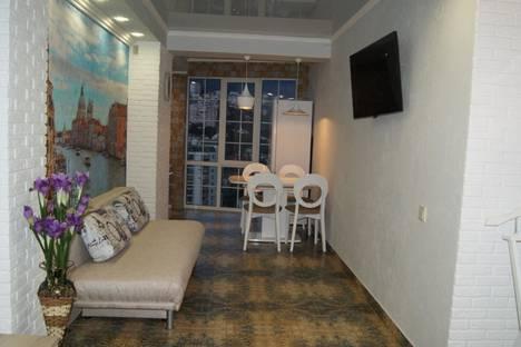 Сдается 1-комнатная квартира посуточно в Ялте, ул.Таврическая д.26.