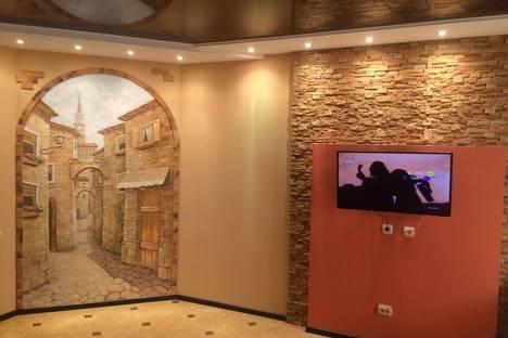 Сдается 1-комнатная квартира посуточнов Майкопе, Пионерская 377а.