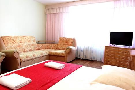 Сдается 1-комнатная квартира посуточно в Йошкар-Оле, ул. Льва Толстого, 80.