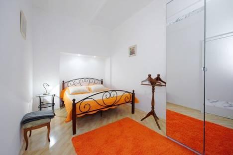 Сдается 1-комнатная квартира посуточнов Санкт-Петербурге, Невский проспект, 90.