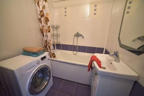Сдается 1-комнатная квартира посуточно в Чебоксарах, улица Ленинского комсомола, 56.
