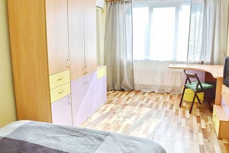 Сдается 1-комнатная квартира посуточнов Яблоновском, улица Зиповская, 37.