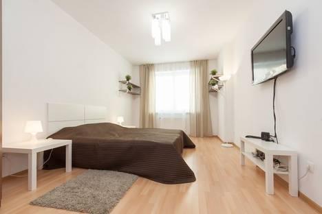 Сдается 1-комнатная квартира посуточнов Екатеринбурге, улица Степана Разина, 122.
