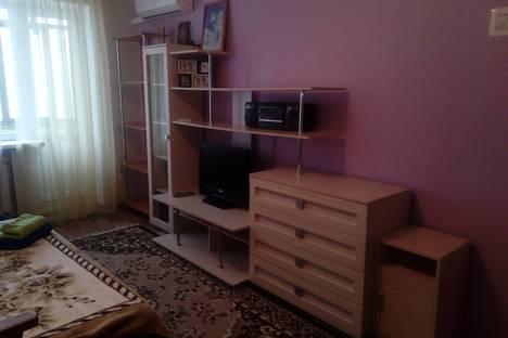 Сдается 1-комнатная квартира посуточно в Волгограде, улица Циолковского, 19.