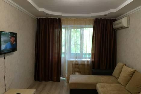 Сдается 1-комнатная квартира посуточно в Ростове-на-Дону, ул.Ленина д.48.
