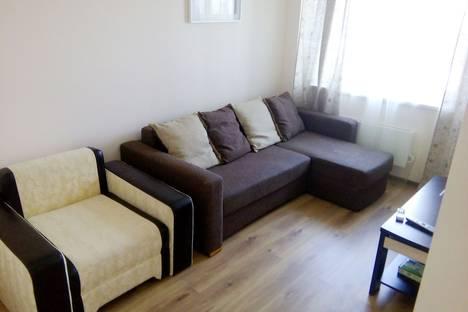 Сдается 2-комнатная квартира посуточно в Люберцах, улица 8 Марта, 32.
