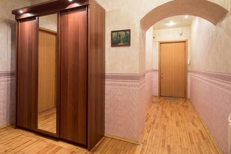 Сдается 2-комнатная квартира посуточнов Санкт-Петербурге, Лиговский проспект, 106.