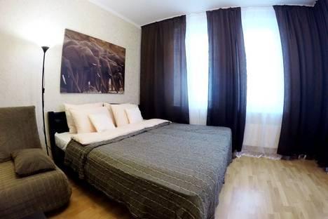 Сдается 1-комнатная квартира посуточно в Железнодорожном, улица Маяковского, 42.