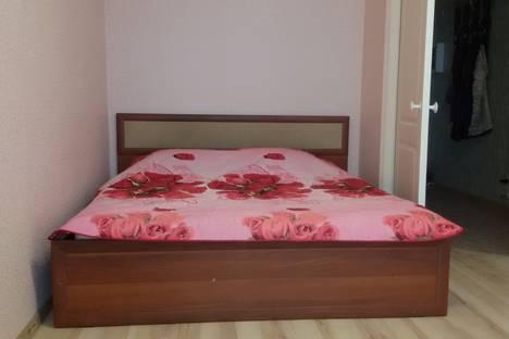 Сдается 1-комнатная квартира посуточнов Ижевске, Проспект Калашникова М.Т, 6.