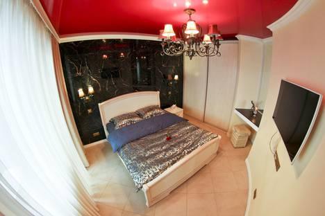 Сдается 1-комнатная квартира посуточно в Сургуте, улица 30 лет Победы, 10.
