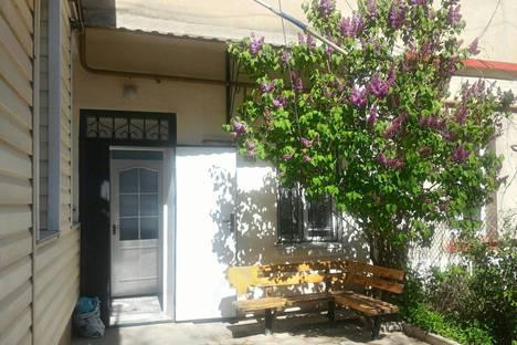 Сдается 1-комнатная квартира посуточно, улица Революции, 39.