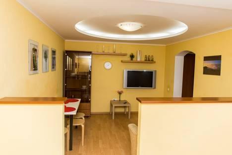 Сдается 2-комнатная квартира посуточно в Краснодаре, улица Черкасская д. 43.