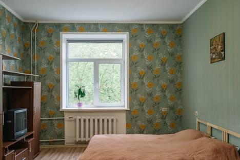Сдается 1-комнатная квартира посуточнов Твери, Свободный переулок, 43/18.