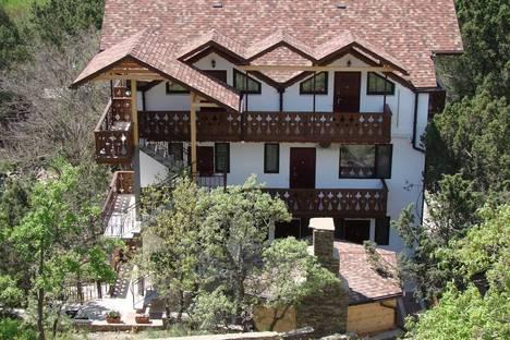 Сдается коттедж посуточно в Новом Свете, Апартаменты с балконом,улица Шаляпина, дом 12а.