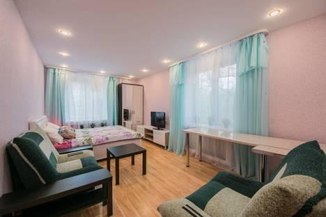 Сдается 2-комнатная квартира посуточно в Санкт-Петербурге, бульвар Новаторов, 106.