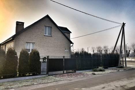 Сдается коттедж посуточнов Кобрине, переулок Озерный 2.