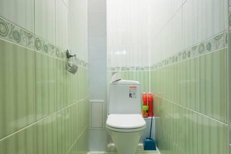 Сдается 3-комнатная квартира посуточно в Казани, Чистопольская улица, 64.