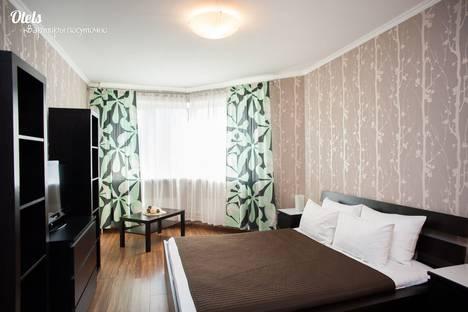 Сдается 3-комнатная квартира посуточнов Казани, Чистопольская улица, 64.