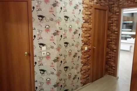 Сдается 2-комнатная квартира посуточно в Мытищах, улица Академика Каргина, 21.