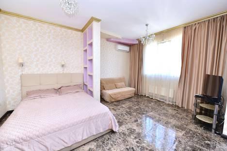 Сдается 1-комнатная квартира посуточнов Сочи, ул Параллельная 9.