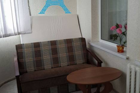 Сдается 2-комнатная квартира посуточно в Алуште, 60 лет СССР, 10.