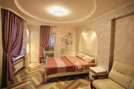 Сдается 1-комнатная квартира посуточно в Ялте, ул. Архивная, д.9.