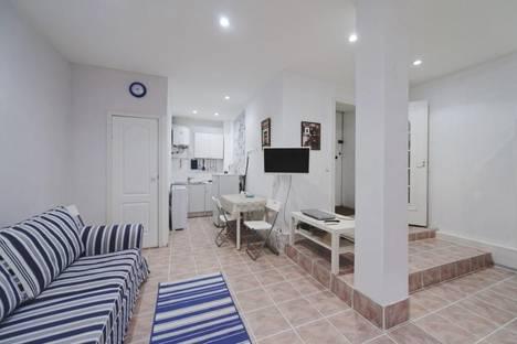 Сдается 3-комнатная квартира посуточнов Санкт-Петербурге, Моховая улица, 45.