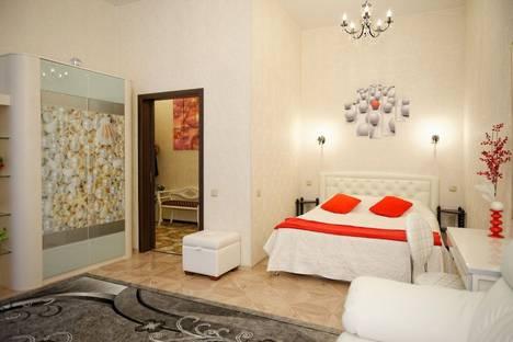 Сдается 1-комнатная квартира посуточнов Санкт-Петербурге, Невский проспект, 73.