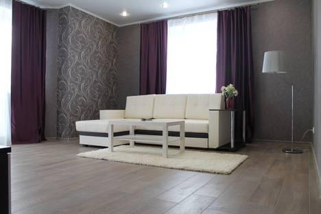Сдается 2-комнатная квартира посуточно, улица Первомайская 50.