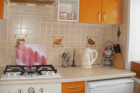 Сдается 2-комнатная квартира посуточно в Рыбинске, улица Крестовая, 126.