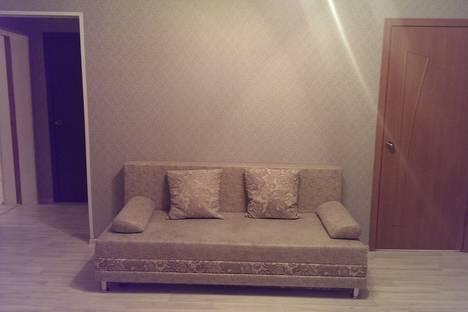 Сдается 3-комнатная квартира посуточно в Уфе, ул. 50-летия Октября, 14.