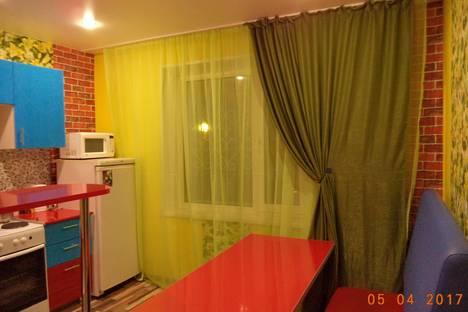 Сдается 1-комнатная квартира посуточно в Ульяновске, Новосондецкий бульвар 15.