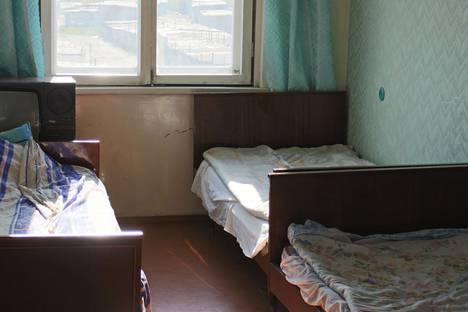 Сдается 2-комнатная квартира посуточно в Апатитах, улица Строителей, 55.