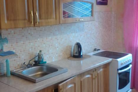 Сдается 3-комнатная квартира посуточно в Апатитах, улица Строителей, 91.