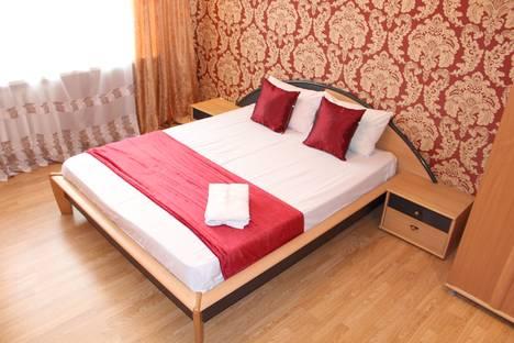 Сдается 2-комнатная квартира посуточнов Тюмени, улица Николая Семенова 33/1.