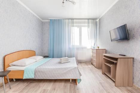 Сдается 2-комнатная квартира посуточно в Тюмени, проезд Геологоразведчиков, 44а.