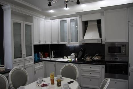 Сдается 2-комнатная квартира посуточно в Астрахани, улица Савушкина 4к 2.
