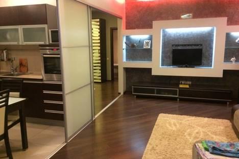 Сдается 2-комнатная квартира посуточнов Астрахани, ул. Бориса Алексеева д.33.