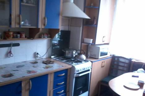 Сдается 2-комнатная квартира посуточно в Евпатории, 56 проспект Ленина.